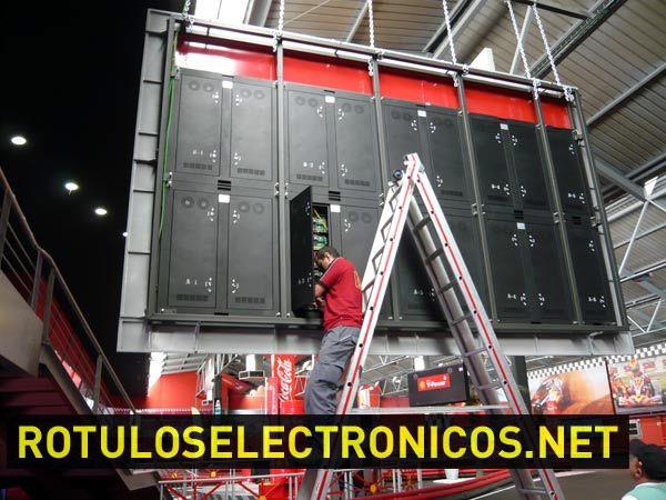 Instalación de pantallas de leds
